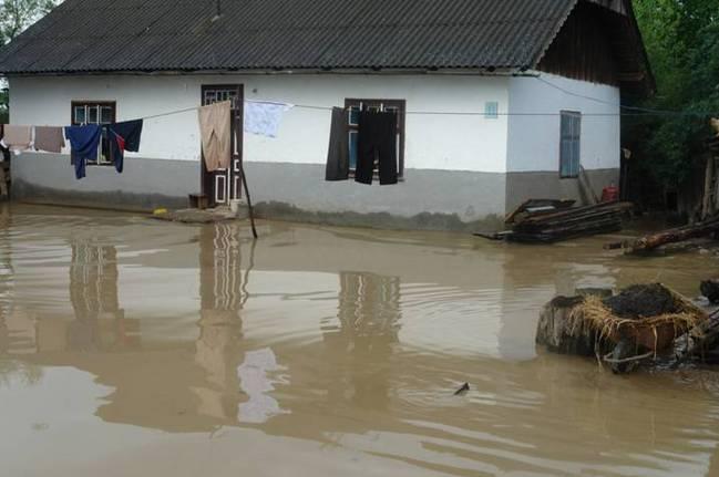 Тиса, Закарпаття ,вода, повінь, Україна, село, уряд , кошти