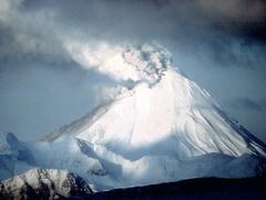 Пуйеуе, вулкан, Чилі, вулканічний попіл, виверження