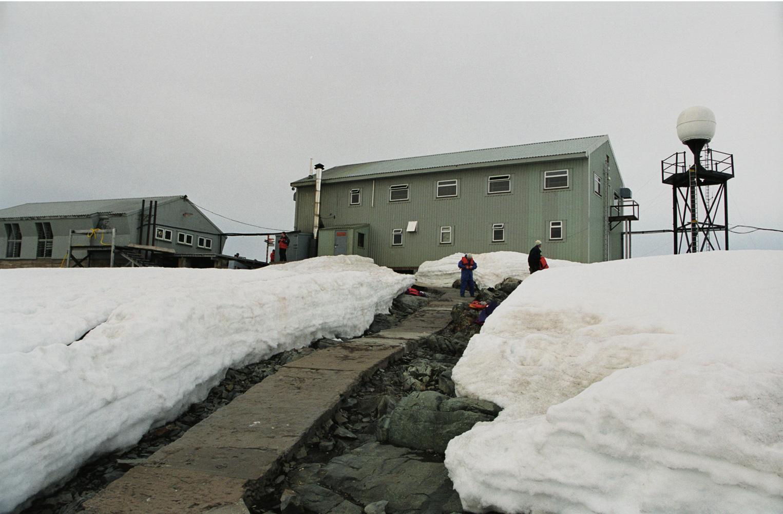 антарктична станція, Академік Вернадський, Фарадей, Великобританія