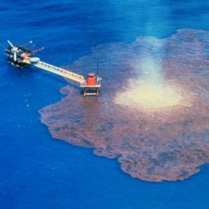 Мексиканська затока, буріння, нафтова платформа, витік нафти
