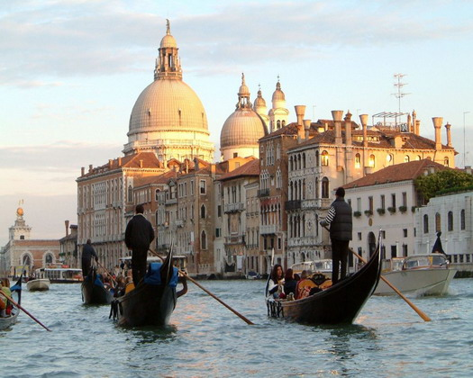 Італія, Венеція, туризм, будівництво, транспорт