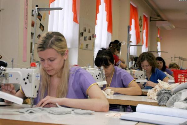 Соціальний комплекс України, товари народного споживання, Легка промисловість
